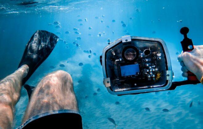 Foto van een professionele onderwater camera